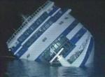 Sinking_cruise_ship